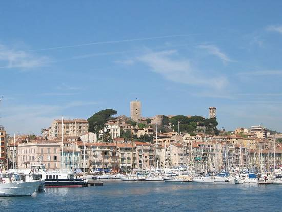 Cannes (20 km)